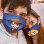 Foto de Hans y Nina con mascarillas